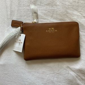 Coach Crossgrain Leather CornerZip Wristlet Saddle